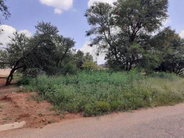 VACANT LAND FOR SALE  – FOCHVILLE